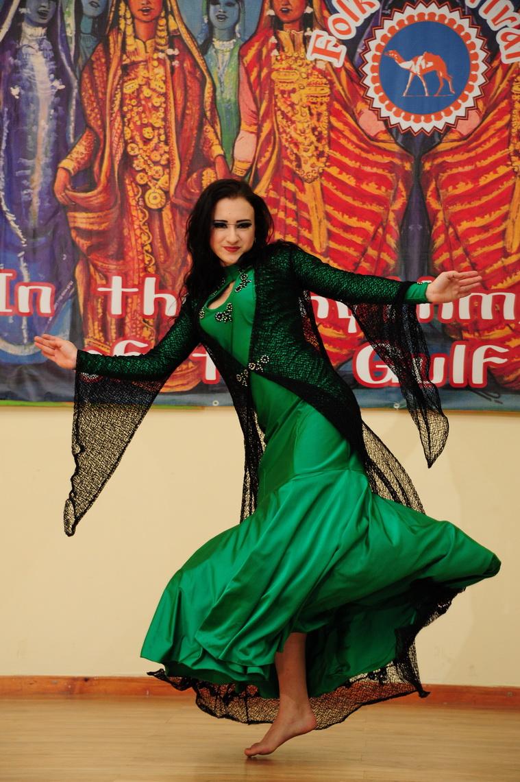 Платья для танца ираки
